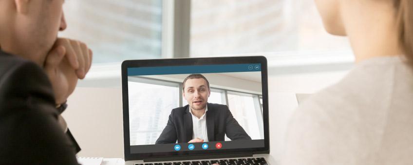 Colloquio di lavoro online: come superarlo